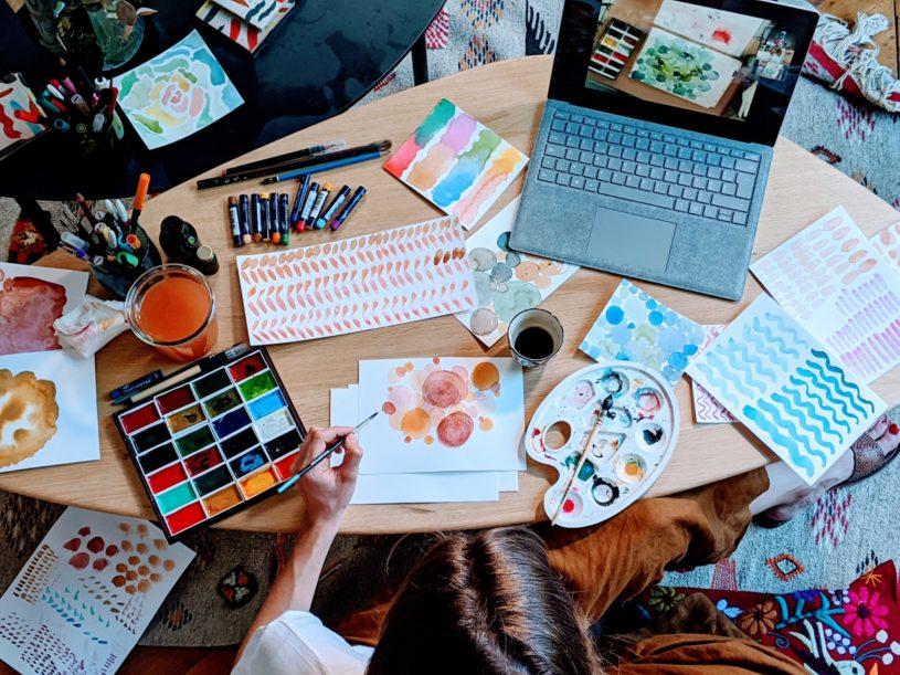 """Le Paon : """"tous artistes"""" grâce à des cours en ligne"""